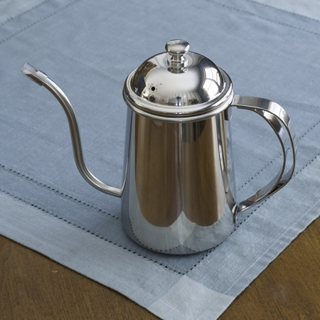 It's perfect for a clean pourover for manual coffee brewing, or for brewing loose leaf tea.