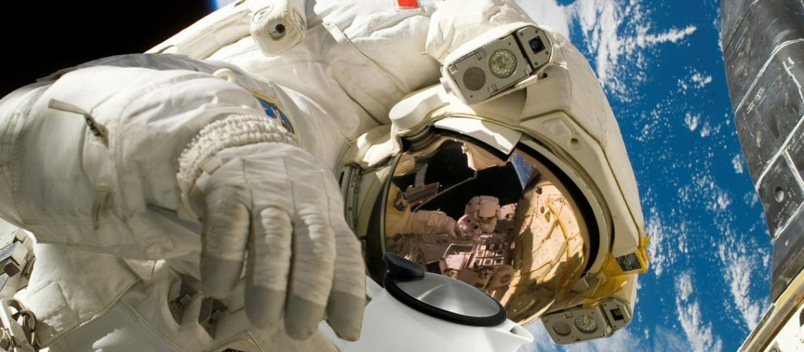 Astronauts fix space station with tea leaves