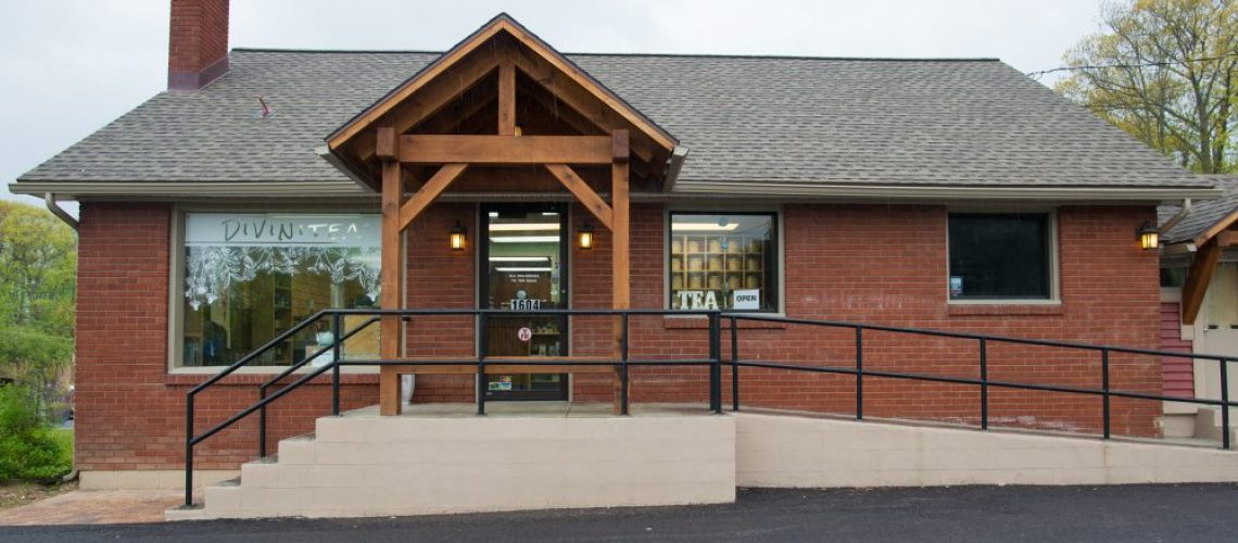 Divinitea Certified Organic Tea Store - Clifton Park New York. Offering USDA organic tea and teaware.